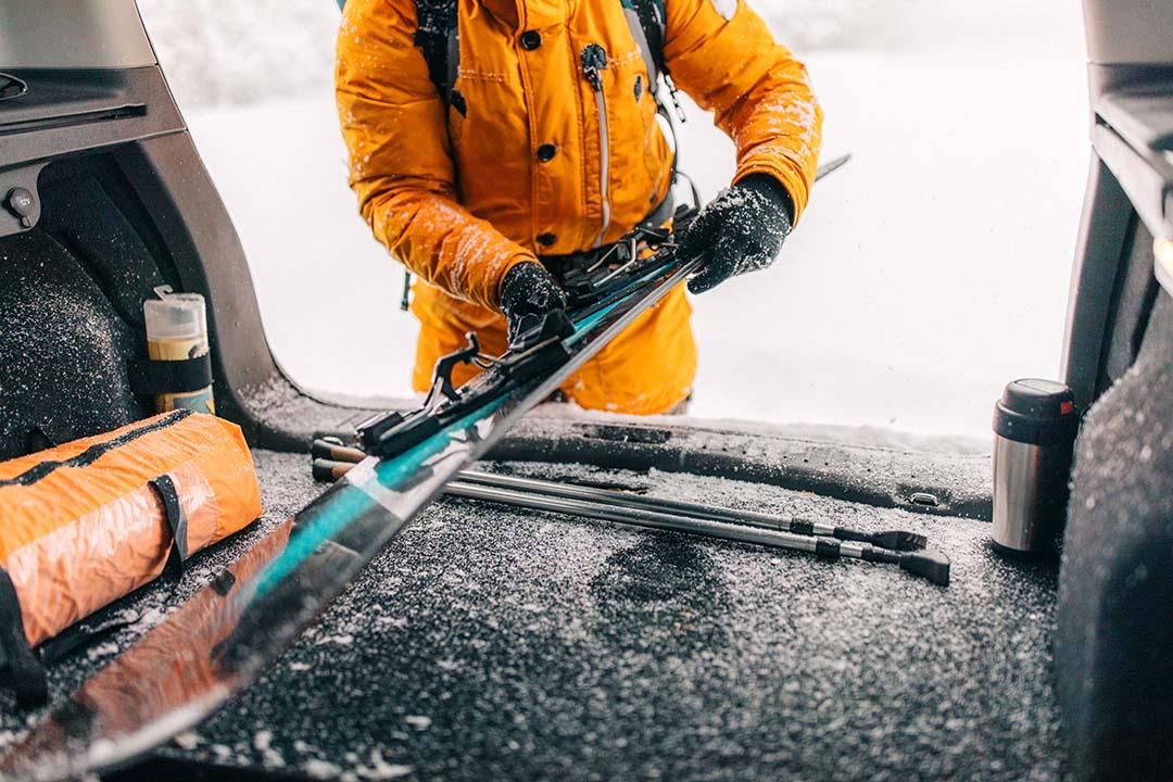 Aprés-Ski schon vor der Piste: Skiausflug mit dem Auto