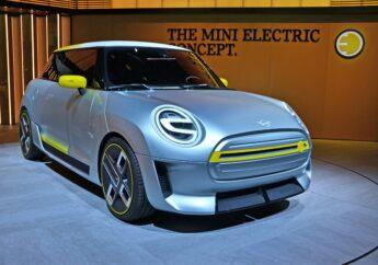 Ich stehe voll unter Strom: MINI Electric Concept 2019